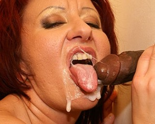 Fill that mature mouth with loads of cum