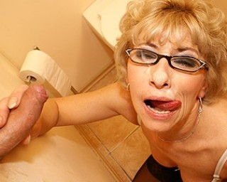 Granny mature Glory hole