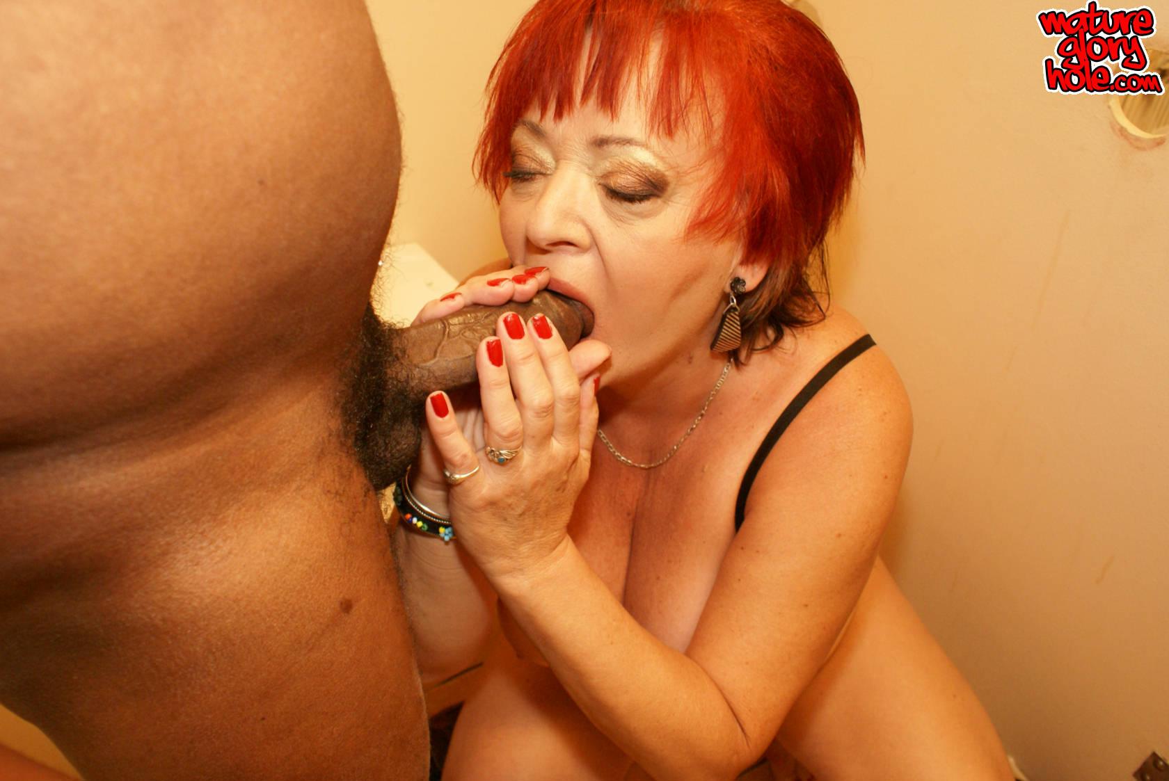 Рыжая короткие волосы зрелая порно 9 фотография