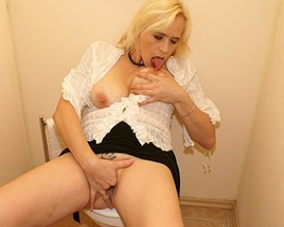 Blonde mature slut taking on a black cock