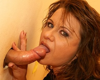 Mature-nl Fuck that mature slut through the peeping hole